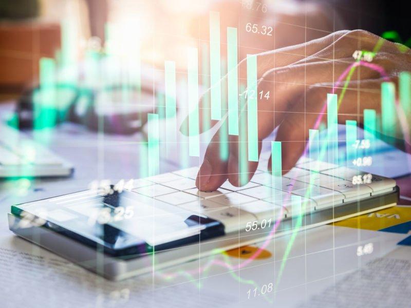 Mehr Transparenz für Prozesskosten | Die Rolle der Prozesskostenrechnung verstehen. Kostentreiber automatisiert analysieren.